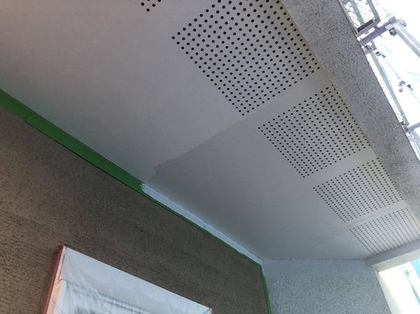 東京都町田市 軒天塗装 軒天とはどこか 塗装の際は明るい色がオススメです。 (1)