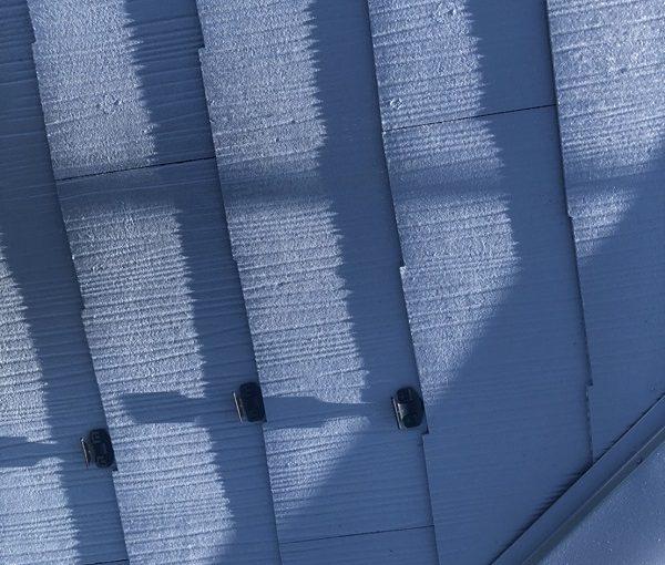 東京都町田市 屋根塗装 化粧スレートの塗装 タスペーサー設置 縁切りとは (2)