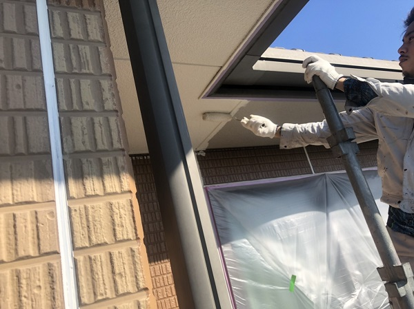 東京都町田市 軒天塗装 軒天の劣化を放置するとどうなるか 塗装の手順 (3)