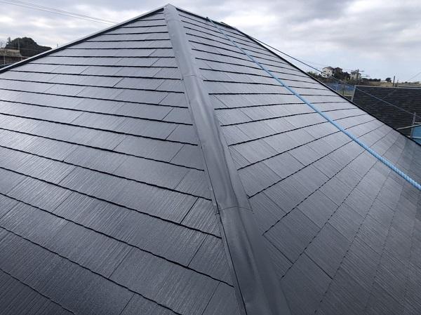 東京都町田市 屋根塗装 スレート屋根 下塗り、中塗り、上塗りの違い (5)