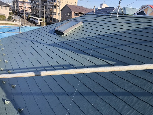 東京都町田市 屋根塗装 屋根塗装の手順 天窓のシーリング工事の注意点 (1)