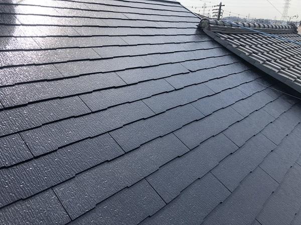 東京都町田市 屋根塗装 外壁塗装 化粧スレート屋根の中塗り、上塗り 塗り替えの頻度について (1)