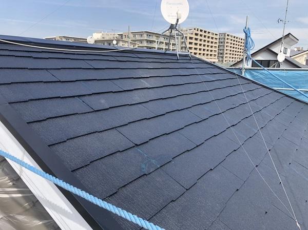 東京都町田市 屋根塗装 外壁塗装 化粧スレート屋根の中塗り、上塗り 塗り替えの頻度について (2)