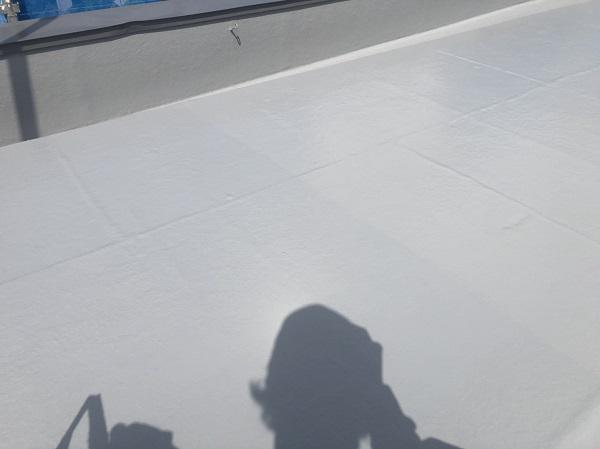 東京都町田市 屋根塗装 防水工事 FRP防水とは トップコート (4)