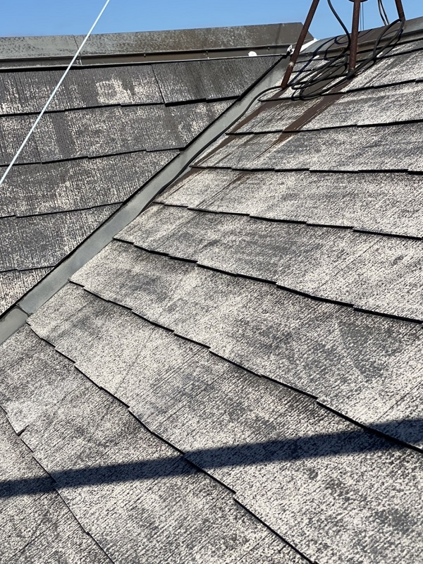 東京都町田市 屋根塗装 無料現場調査の様子 屋根の劣化を表すサインとは (1)